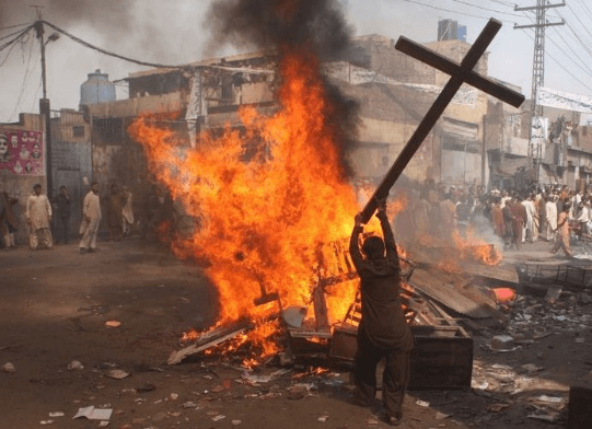 Resultado de imagem para cristaos perseguidos